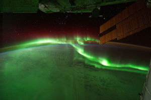 By NASA's Earth Observatory (Flickr: Southern Lights) [CC BY 2.0 or Public domain], via Wikimedia Commons